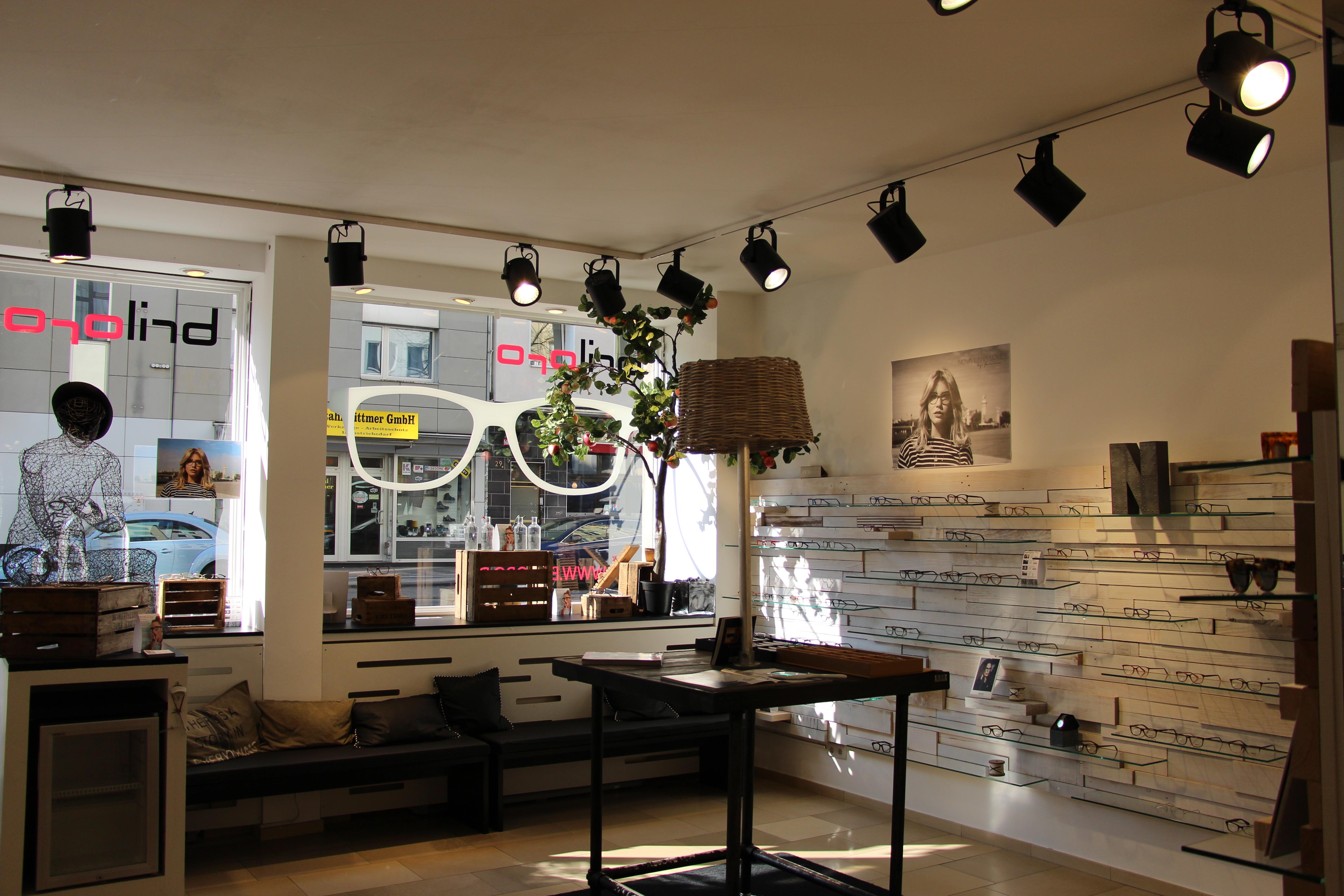 Briloro - der moderne Optiker in Köln, im Belgischen Viertel